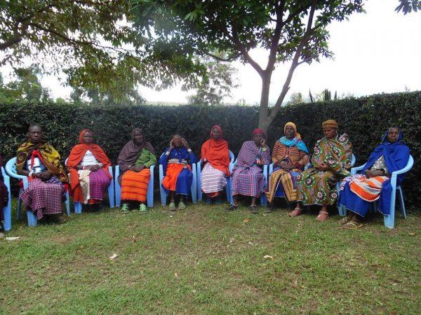 Här kvinnorna som deltog i kursen, 13 st från 2 byar